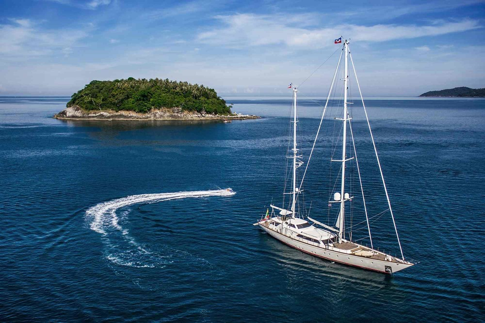 Sailing Yacht CLAN VI for charter