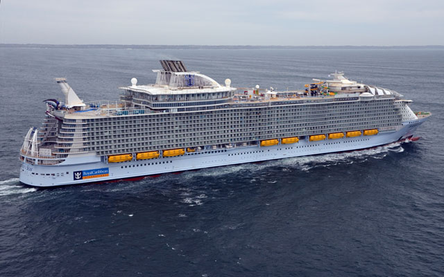 Royal Caribbean Cruises Ltd. (RCL) SVP Reduced $577068.00 in Shares