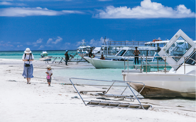 Visitor arrivals into Okinawa hit record high with