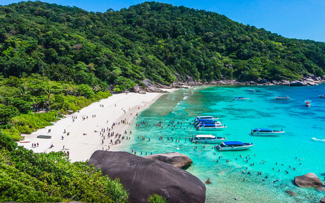 Similan Islands gets green light to limit daily visitor