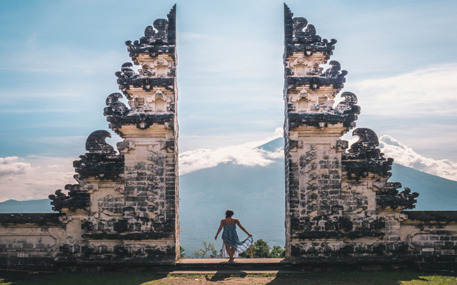 Travel brands get in picture of attracting millennials with