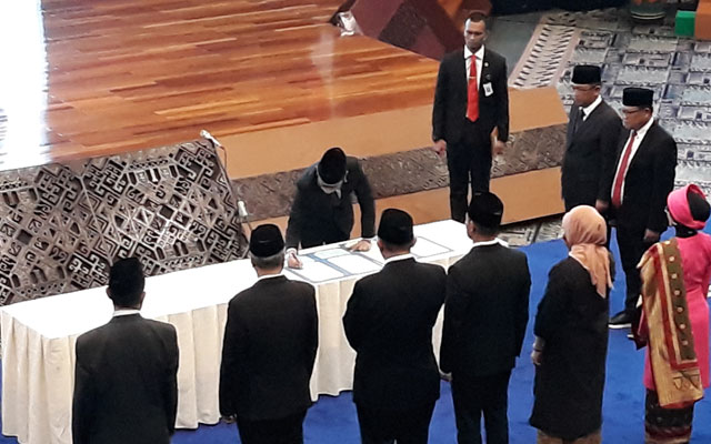 Indonesian tourism ministry swears in the new deputies at a ceremony in Jakarta yesterday