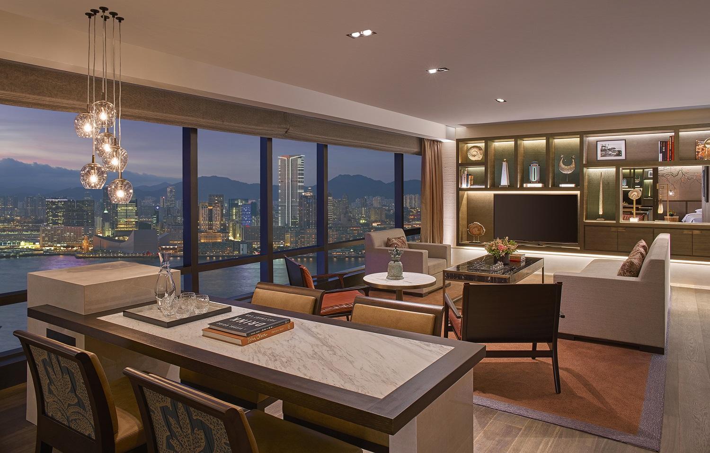 grand-hyatt-hong-kong-ambassador-harbour-view-suite-living-room-2mb2